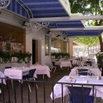 Protgez votre terrasse du restaurant avec un lgant systme dehellip