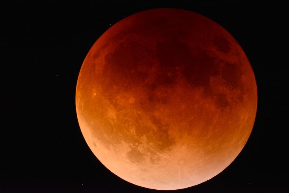 eclissi più lunga del secolo