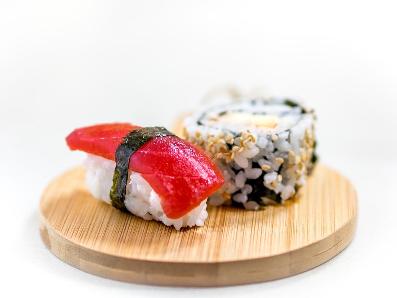 come si mangia il sushi